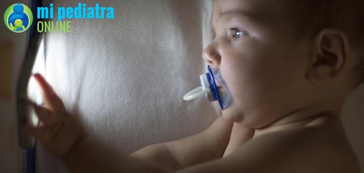 Dormir sin luz y Calidad de sueño en niños y bebés.