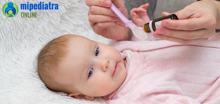 Qué hacer si mi bebé vomita al tomar un medicamento