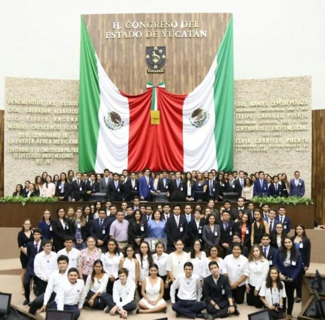 Resultado de imagen para Debate Juvenil del Modelo de Naciones Unidas