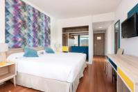 hotel tryp 4