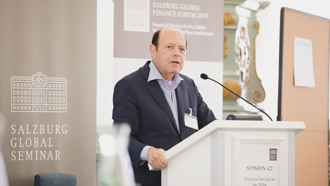 "Eugene ""Gene"" Ludwig speaking at Salzburg Global Seminar"