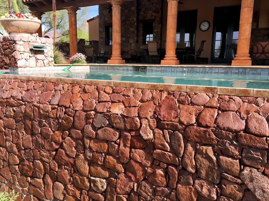 swimming pool tile cleaning services