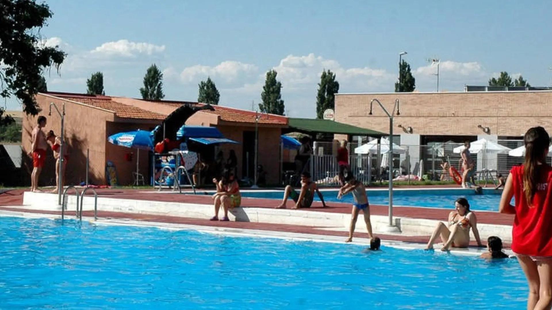 Las piscinas y los planes ms refrescantes del Corredor