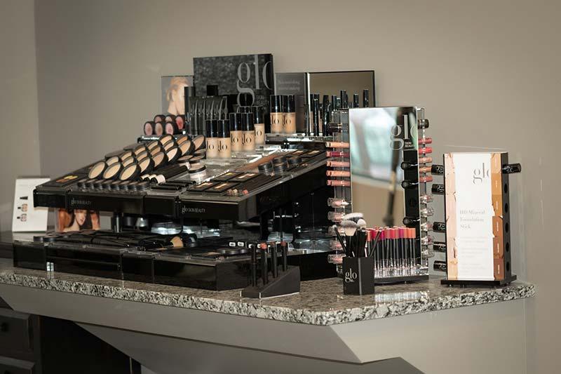 mirage-salon-norfolk-ne-makeup-clean