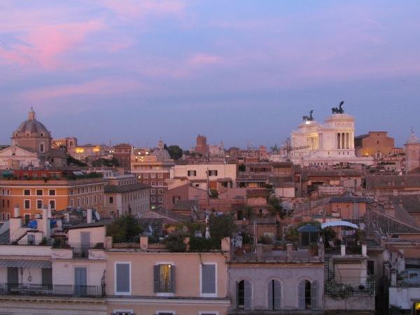 Affittasi location terrazza panoramica sui tetti di roma  Miragu