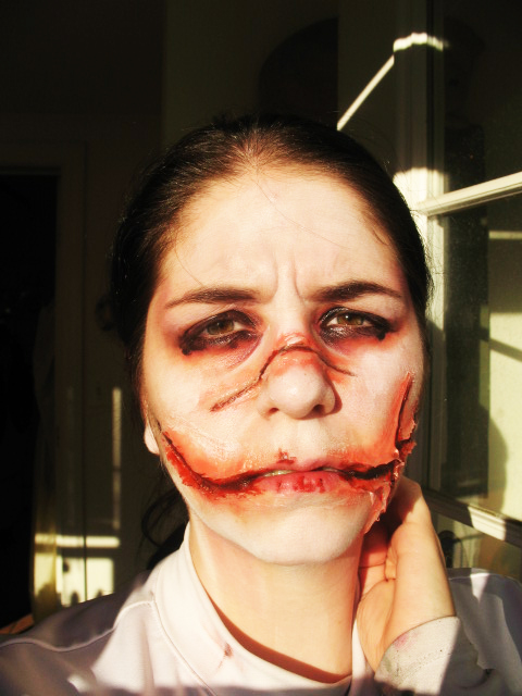 sfx makeup, special effects make up, horror, gore, trauma, wounds, prosthetic, silicone, chelsea smile, laceration