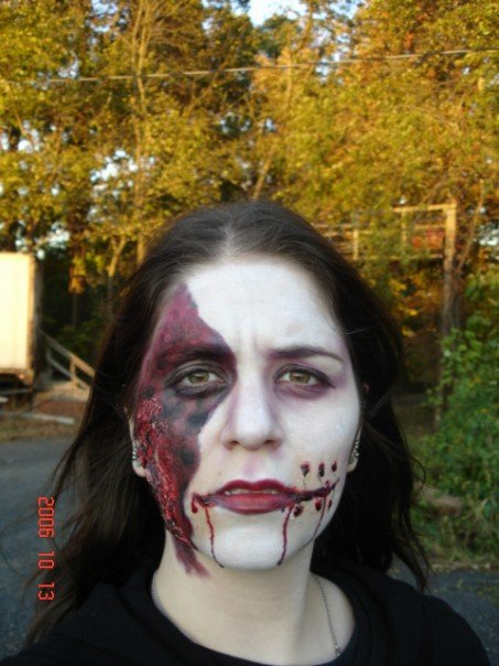sfx makeup, special effects make up, horror, gore, trauma, wounds, prosthetic, latex, burns, 3rd degree burn, third degree burn, blood, stitches, laceration, dead