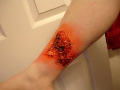 burns, burn, sfx make up, special effexts, liquid latex, gore, trauma