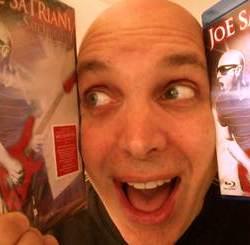 Afla cine vede cu mine un concert 3D cu Joe Satriani