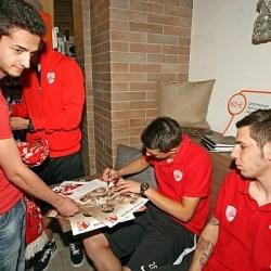 Foto: Echipa Dinamo si-a intalnit fanii la Medias