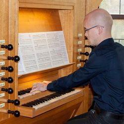 Laszlo Kristofi concerteaza la Biserica Evanghelica