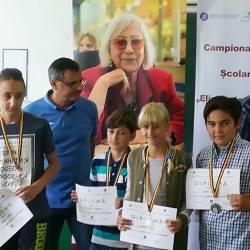 """Medieseni participanti la Campionatul National Scolar de Sah """"Elisabeta Polihroniade"""""""