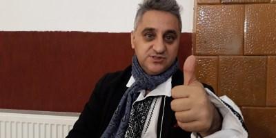 Interviu cu poetul Dan Mircea Cipariu (video)