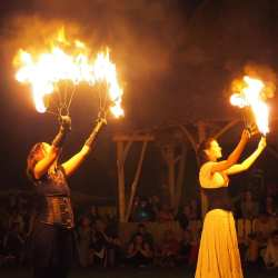 Ultima zi a Festivalului Medias, cetate medievala. Targ de mestesuguri vii