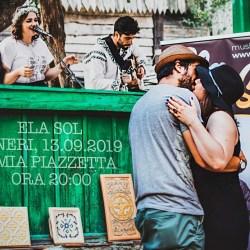 Ela Sol canta la Mia Piazzetta
