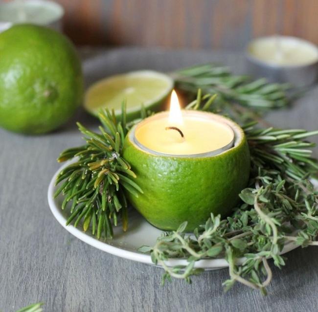 Krásný svícen z citrónů