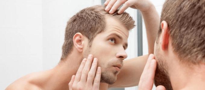 Jak zastavit vypadávání vlasů v mládí a podpořit růst