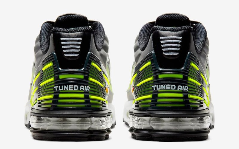Tenisky Nike Air Max Plus 3 CD7005-002