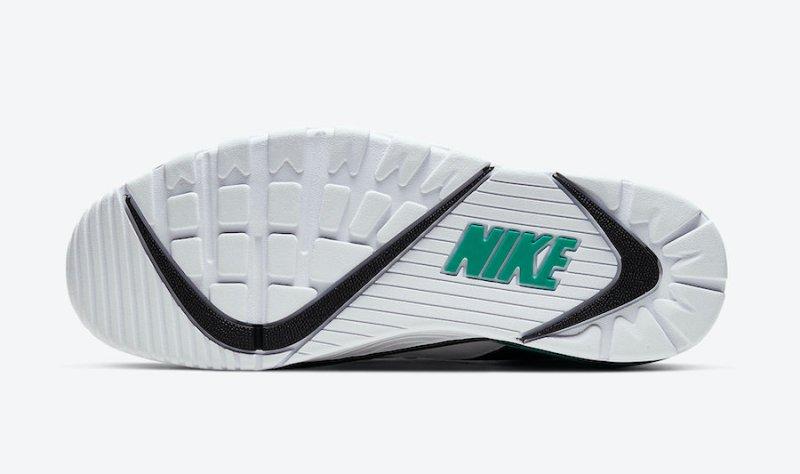Tenisky Nike Air Cross Trainer 3 Low CJ8172-101