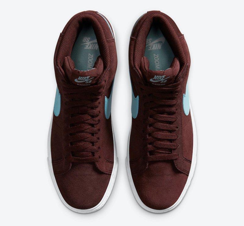 Pánské vínové tenisky Nike SB Blazer Mid Mystic Dates/Glacier Ice-Mystic Dates 864349-600 semišové a vysoké kotníkové boty a obuv Nike