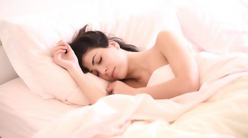 Jak rychle zlepšit usínání a mít kvalitní spánek celou noc