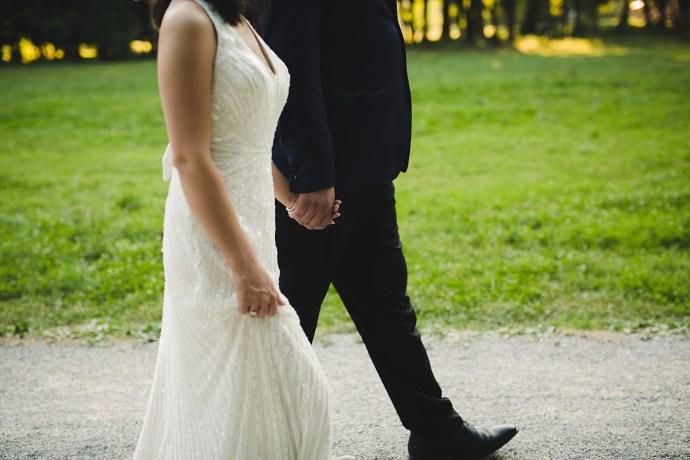 mirela bauer photography touch of love novi dvori wedding session walking
