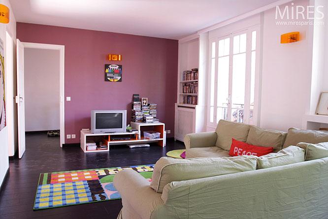 Petit salon rose et parquet noir C0184  Mires Paris