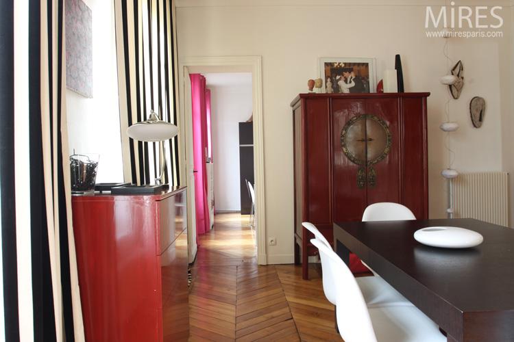 Armoire Chinoise Rouge Noir Et Blanc C0603 Mires Paris