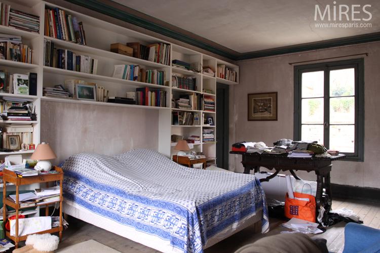 Chambre avec grande bibliothque murale C0679  Mires Paris