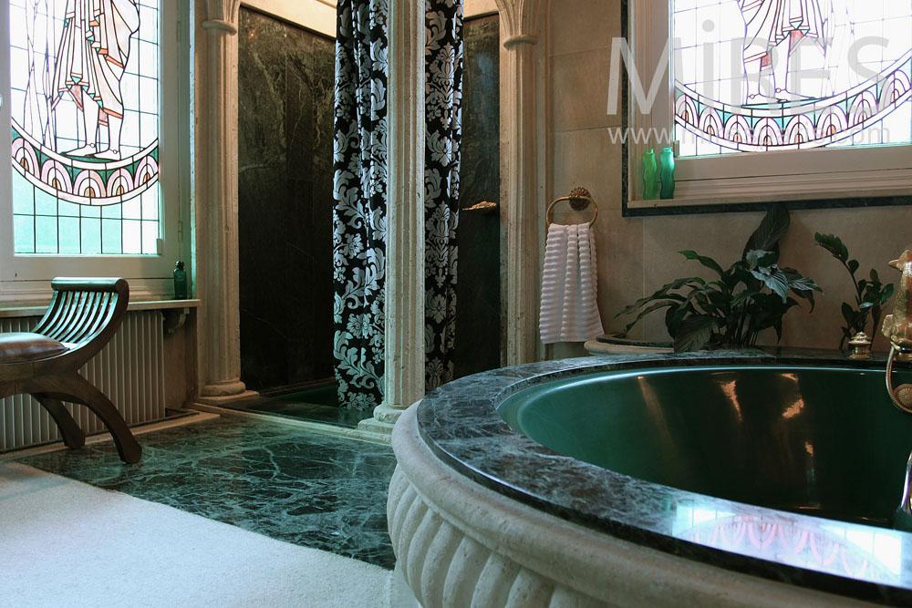 Salle De Bains Avec Du Marbre Vert C0764 Mires Paris
