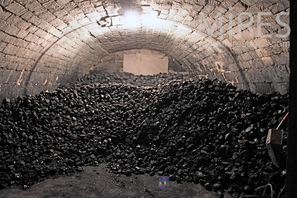 Cave  charbon C0380  Mires Paris