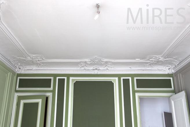 Moulures au plafond C1136  Mires Paris