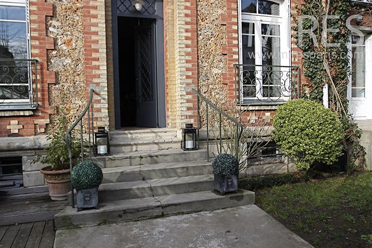 Maison de banlieue trs belle dco moderne et rtro C1148  Mires Paris