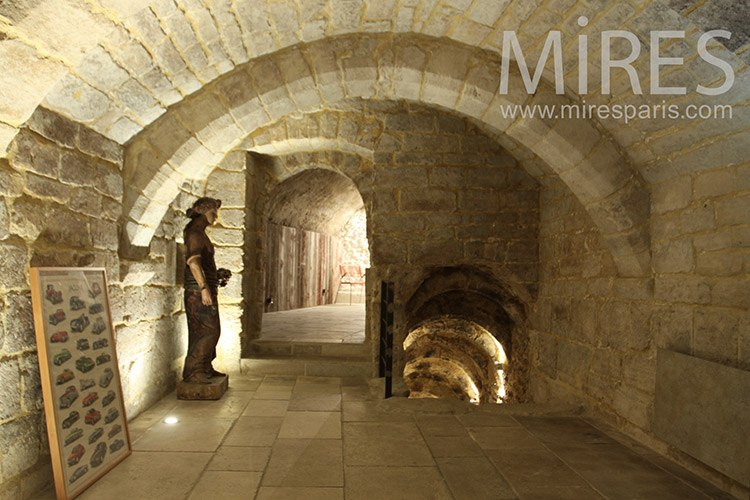 Belle Cave Vout 233 E C1198 Mires Paris