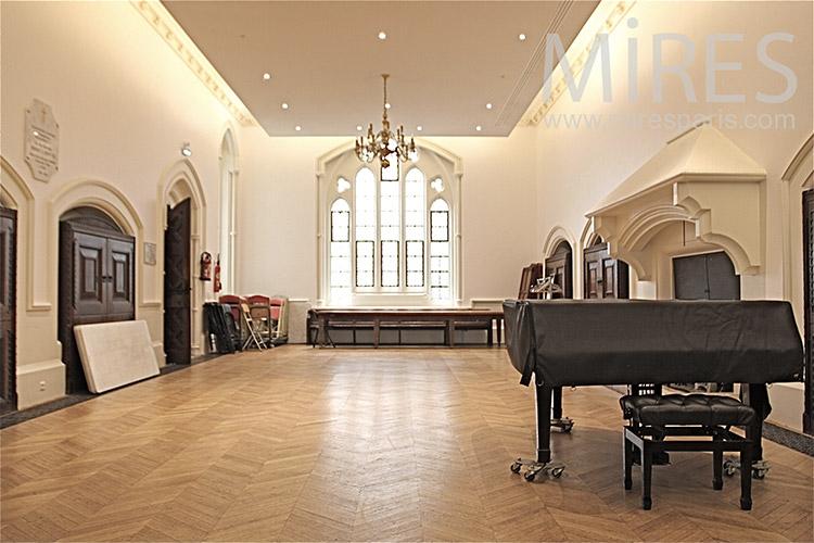 Salle de bal avec piano C1253  Mires Paris