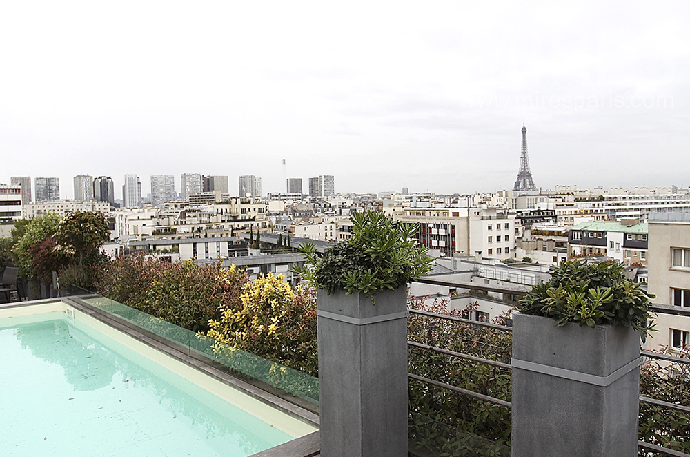 Appartement rooftop avec piscine C1519  Mires Paris