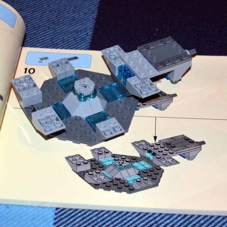 Доктор в деталях. Обзор набора LEGO® Doctor Who 12