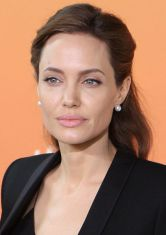 Acupuncture Cured Angelina Jolie's Bell's Palsy-Acupuncture News