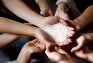 geven-en-ontvangen-handen
