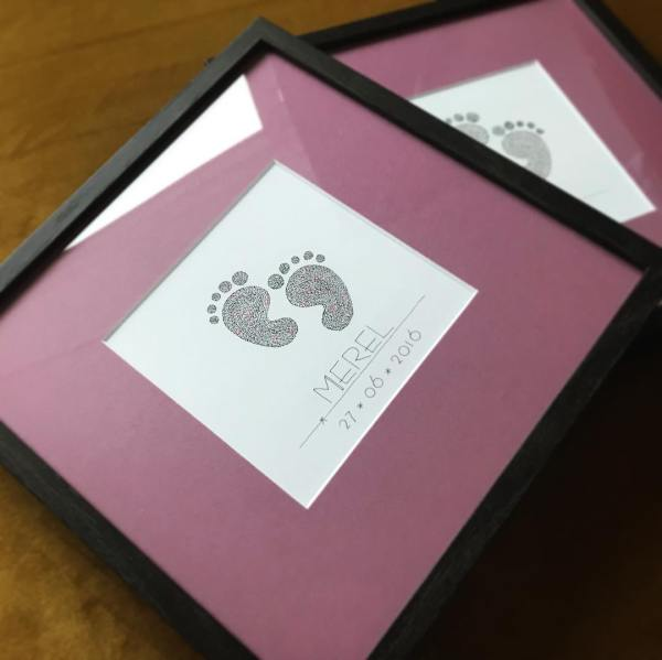 calligram, handwritten, present, gift, babyfeet, words, baby, newborn, present, born, framed, passepartout, grandchild, todler, unique, handmade, art