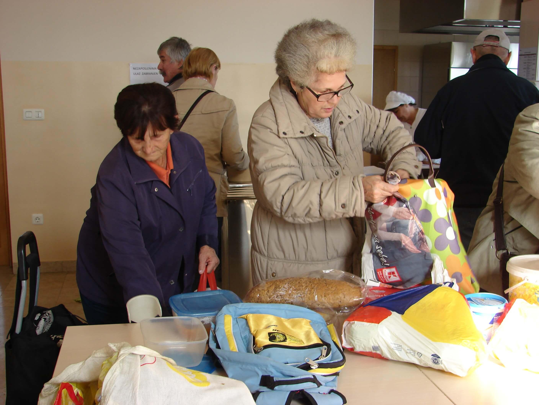 Čak milijun građana Hrvatske živi na pragu siromaštva, najviše umirovljenici!