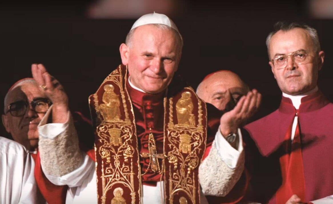 [13.5.] Dokaz njegove veličine: Ove 4 stvari niste znali o pokušaju ubojstva pape Ivana Pavla II.