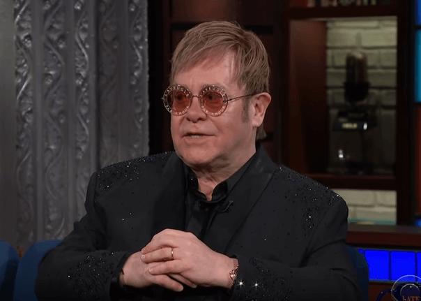 [25.3.] Rođen Elton John, britanski pop rock glazbenik