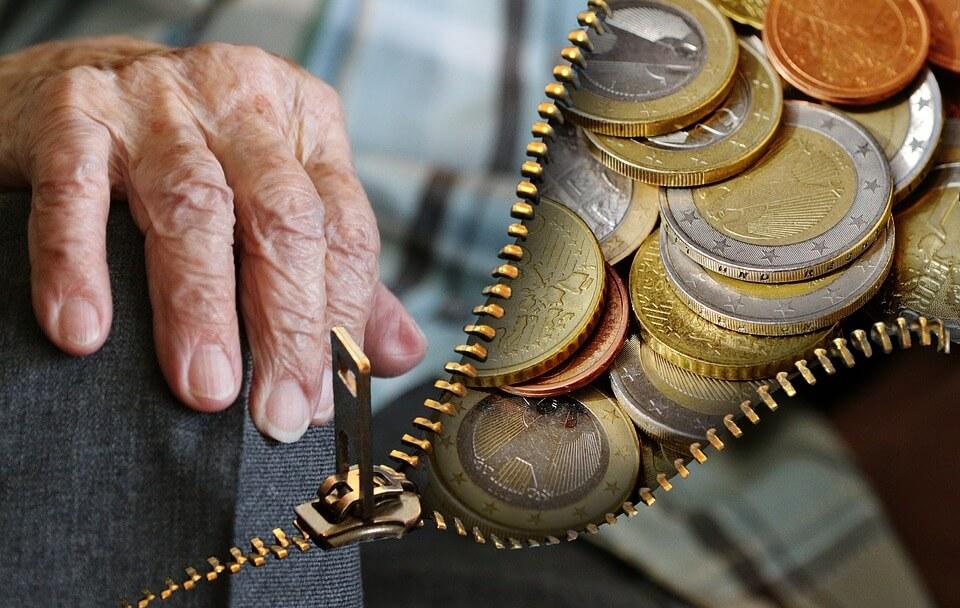 Prosječni hrvatski umirovljenik ima 70 godina života i 30 staža, a mirovinu prima 21 godinu