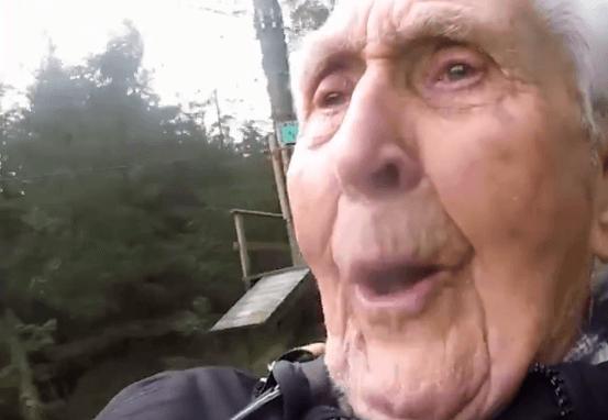 Samo ekstremno nakon stote – 106. rođendan proslavio je adrenalinskom vožnjom na žici