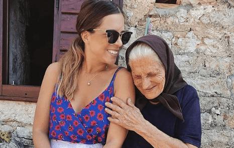 Voditeljica Nina Slišković uživa u Dalmaciji s 89-godišnjom bakom koju su lajkale tisuće