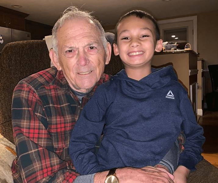 Heroji dolaze u svim veličinama: Unuk bio na čuvanju kod djeda i spasio mu život