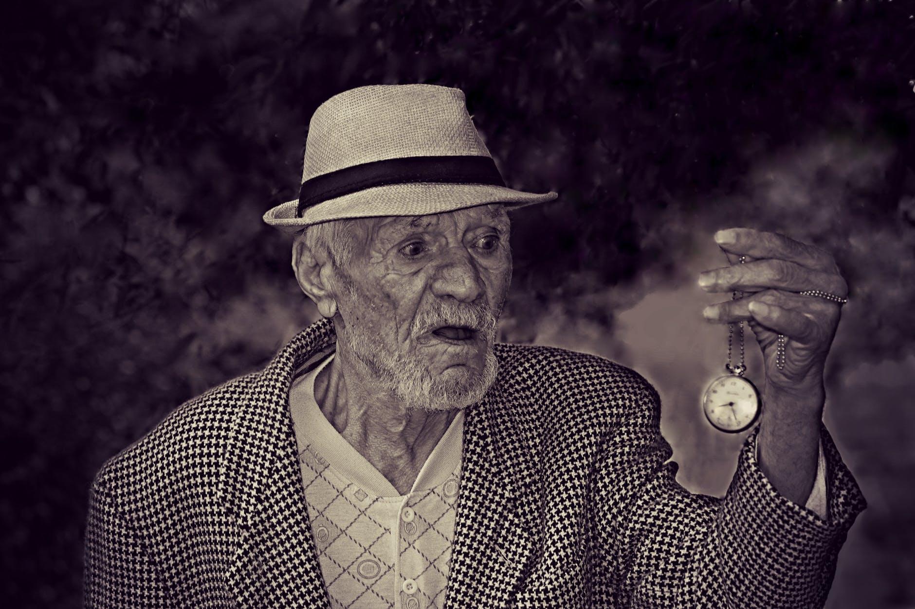 Što smo stariji, vrijeme nam brže prolazi. Znanstvenici objasnili zašto!
