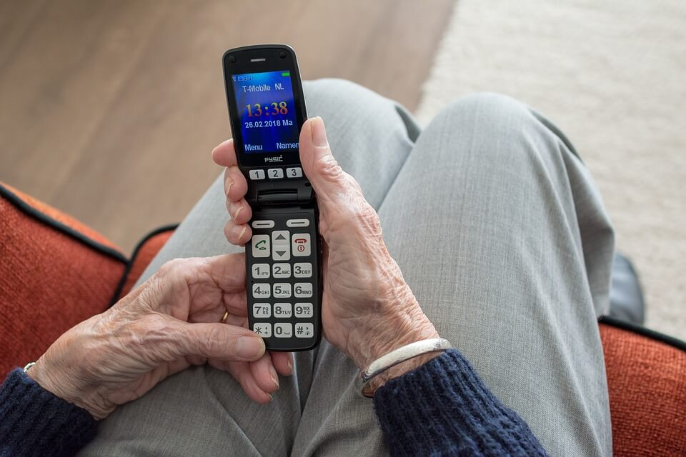 Umirovljenica bivšem od kćeri slala prijeteće poruke i tražila ga sto tisuća kuna