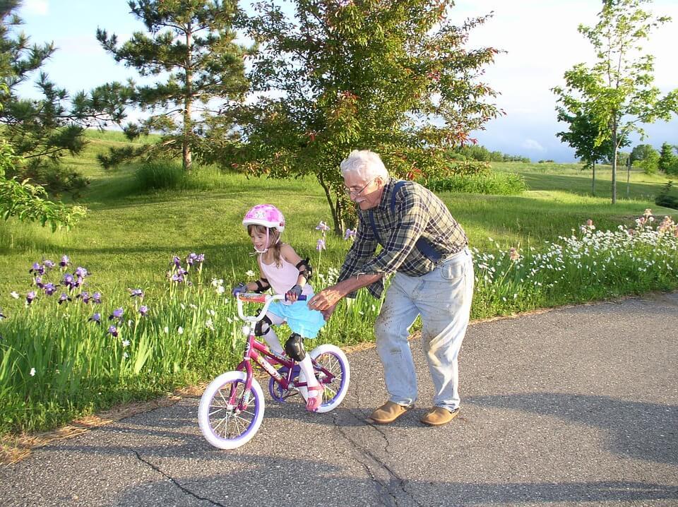 Ovih pet aktivnosti s unucima dobre su i za vaše i za njihovo zdravlje